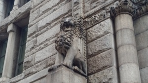 lion pittsburgh courthouse