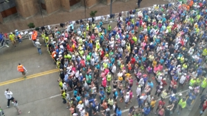 The runners loved it when I appeared in our apartment window haha